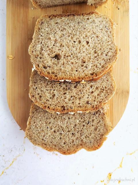 Pełnoziarnisty chleb z ziołami przepis
