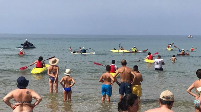 Siculiana Marina, liberazione tartaruga marina Caretta caretta ed escursione in kayak a Torre Salsa
