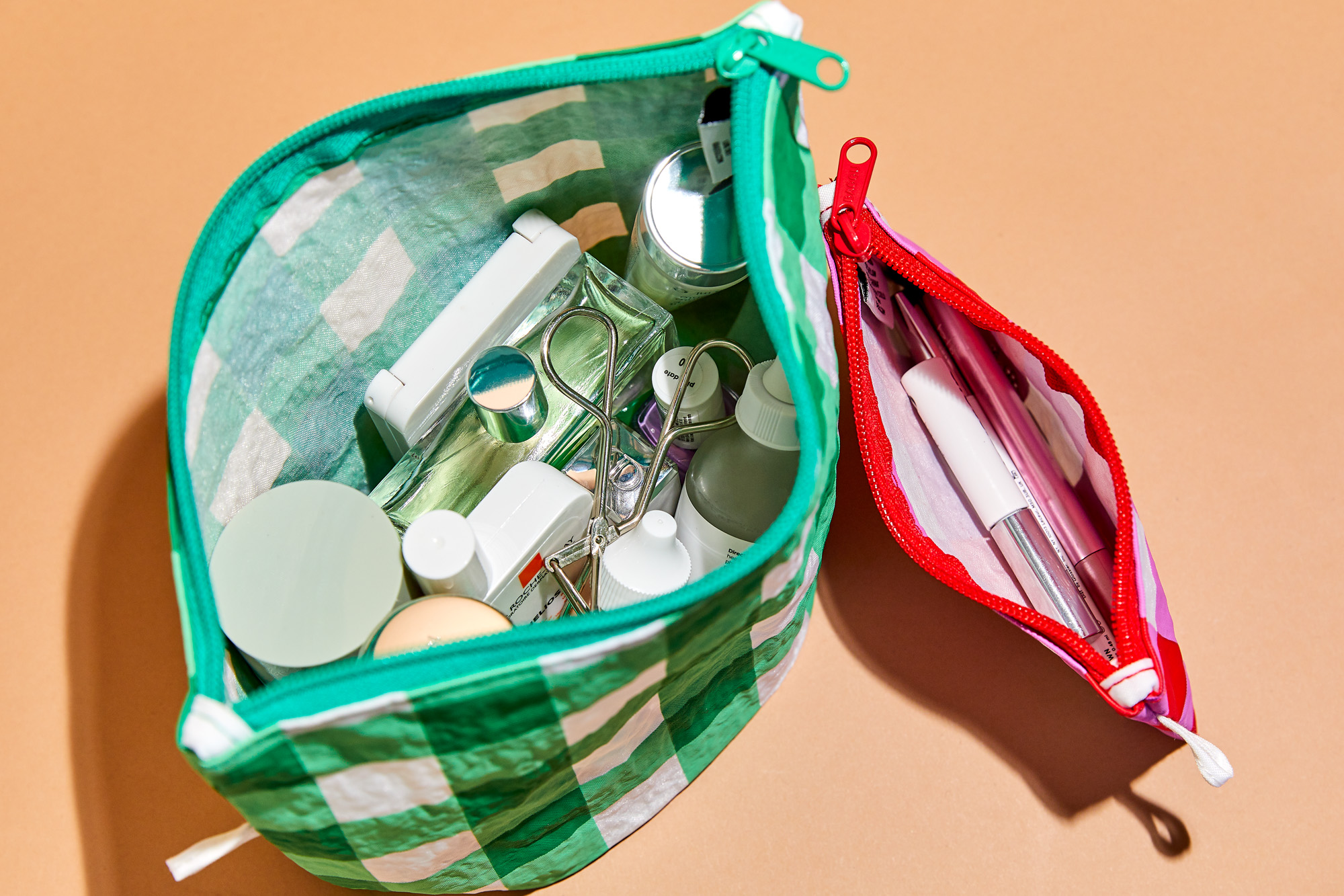Must Have Beauty Essentials To Pack For Your Honeymoon