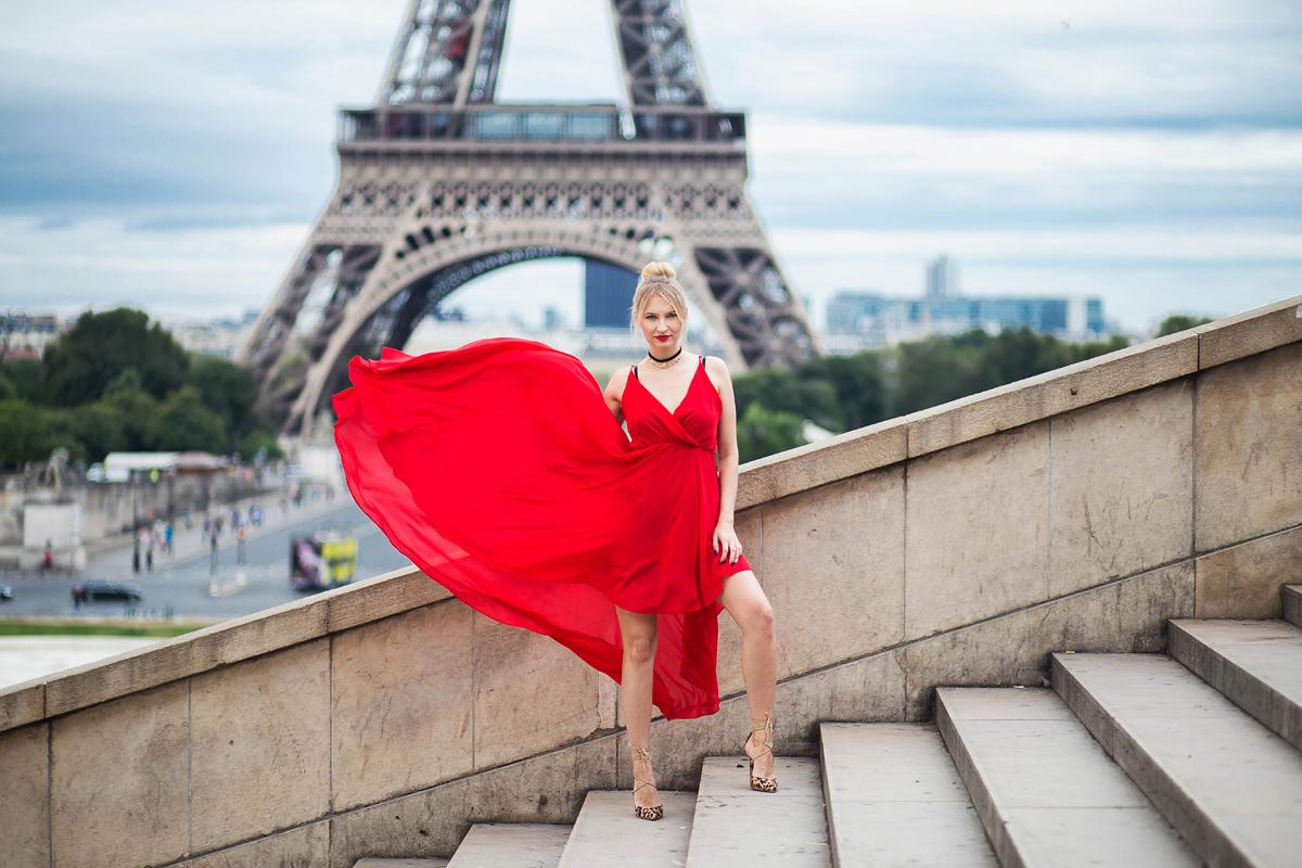 paryż, czerwona sukienka, sesja zdjeciowa, dziewczyna, modelka