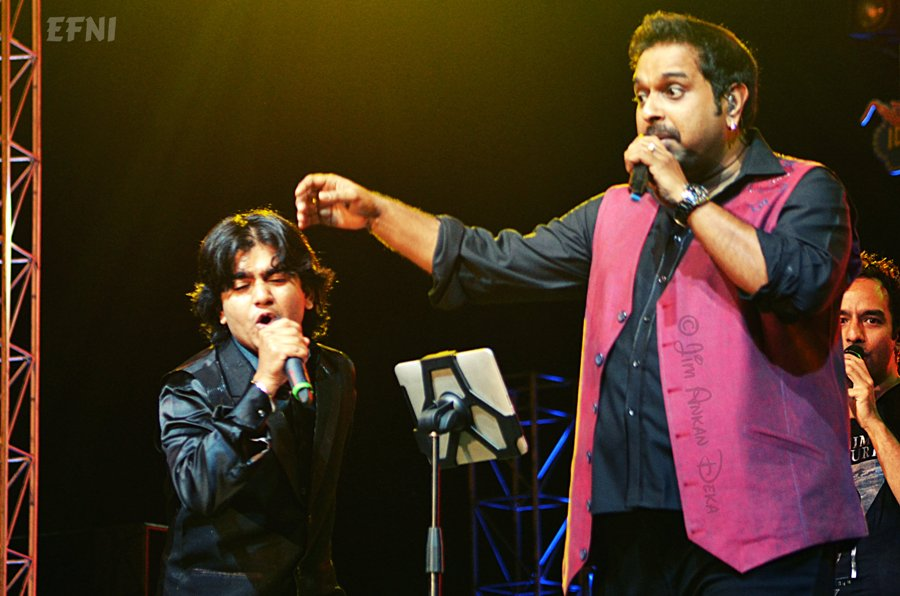 Nishant Kumar and Shankar Mahadevan at Idea Rocks India, Bangalore (photo - Jim Ankan Deka)