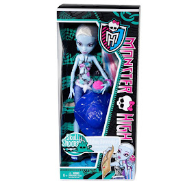 MH Skull Shores Abbey Bominable Doll