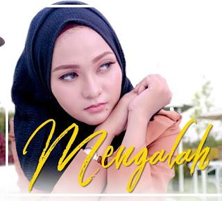Download Unduh Lagu Mp3 Nazia Marwiana - Mengalah