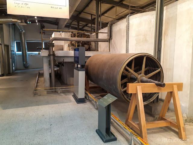 İzmit Seka Kağıt Fabrikası - Karıştırma Silindiri