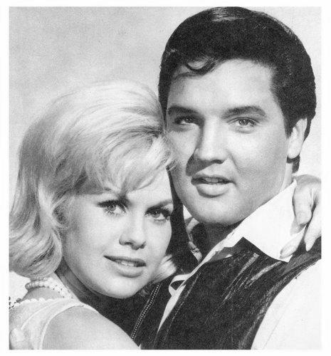 Resultado de imagem para Suzanna Leigh and Elvis Presley