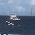 Vídeo: Lancha naufraga próximo à praia da Ponta Negra
