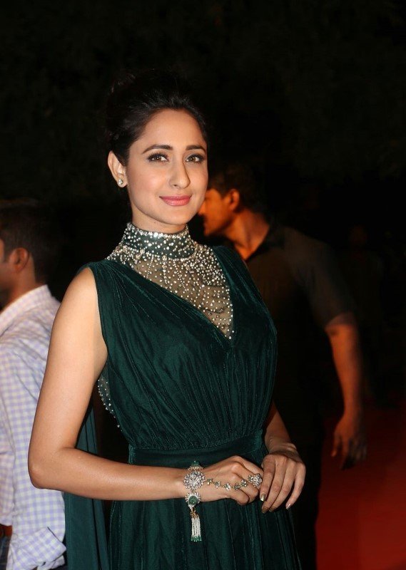 Actress At TV Awards In Green Dress Pragya Jaiswal