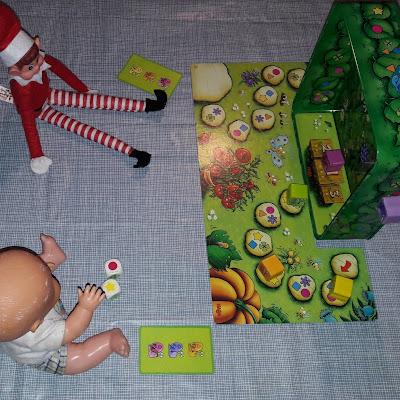 jeu de société elf lutin de noel betise elf on the shelf