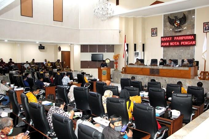 Bupati dan Wakil Bupati SUbang Hadiri Rapat Paripurna Kabupaten Subang