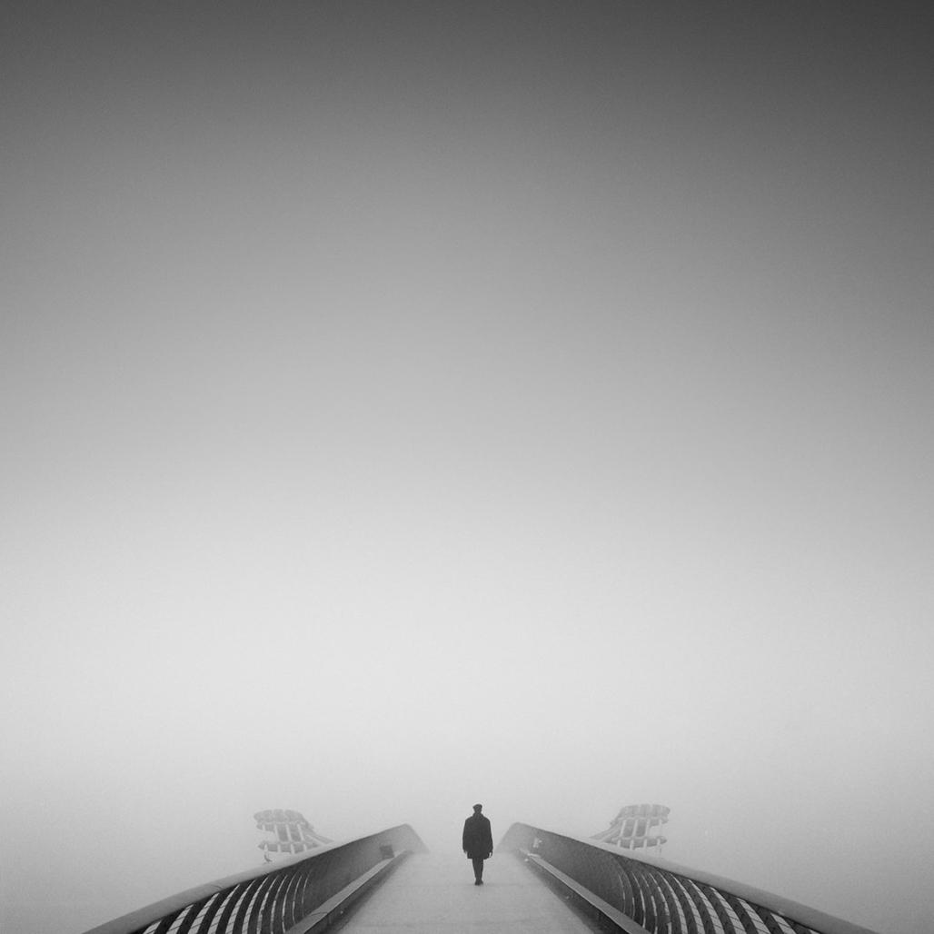 Memaksimalkan Komposisi Foto Landscape hitam putih keren negatif sapce