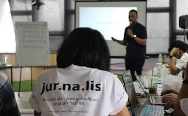 Usut Soal Bansos, Jurnalis Tempo Diretas, Jurnalis Harus Dilindungi Dari Serangan Digital