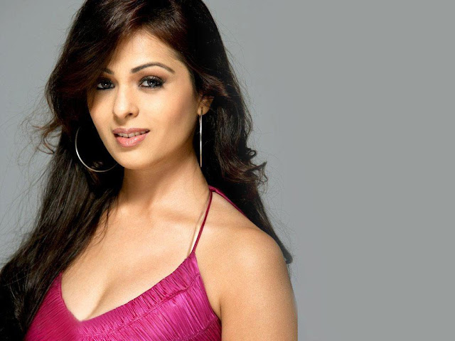 Attractive Bollywood Heroine Photo, Lovely Indian Actress Pics