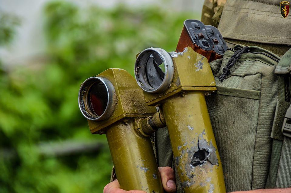 Прострелена АСТ – артилерійська стереотруба
