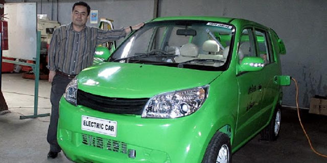 Dasep Ahmadi, wirawsata yang punya ambisi menciptakan mobil listrik nasional.