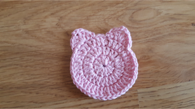 Crochet cat face scrubbies - tutorial and pattern