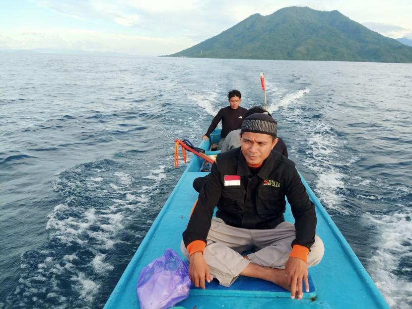 Qurban Tanpa Batas BMH Siap Bahagiakan Warga Pulau Moti