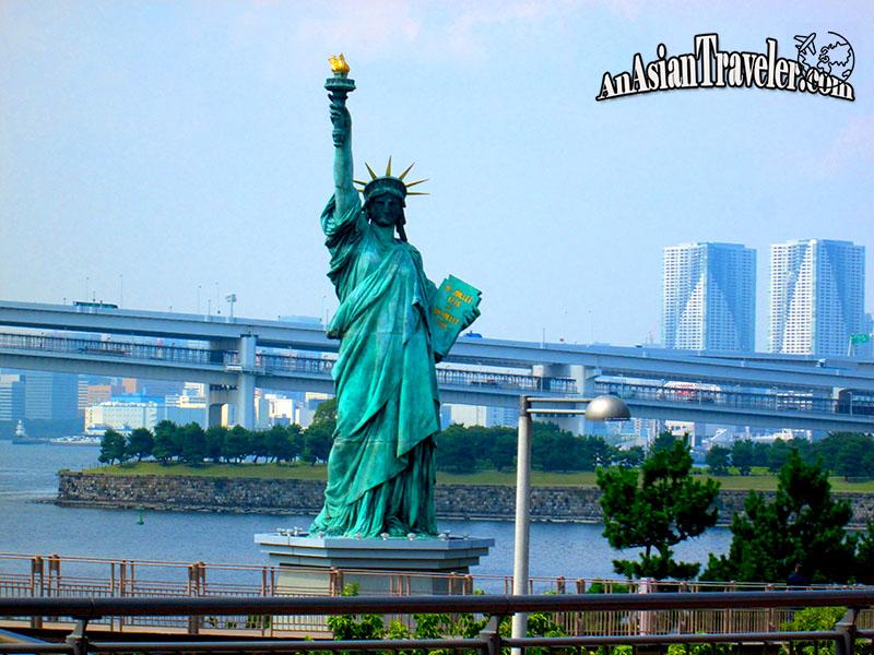 Statue of Liberty at Odaiba