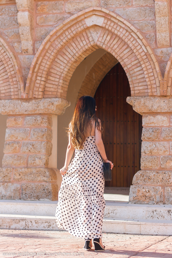 Streetstyle outfit romántico boho Vestido Largo estampado de lunares House of Harlow