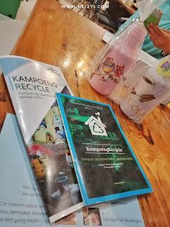 Membuat Decoupage bersama Kampoeng Recyle Jember