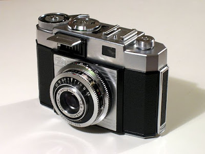 What is Digital Camera and its function?