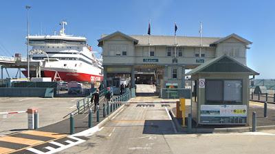 Melbourne Pier.