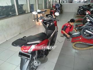Motor Nmax Tiba-tiba Oleng dan bagian depan Bunyi Klotok-klotok