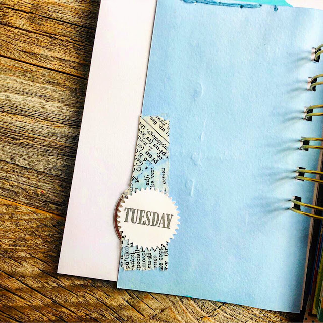 #junk journal #journaling #list #junk journaling #mini book #30lists #30 Days of Lists #list challenge