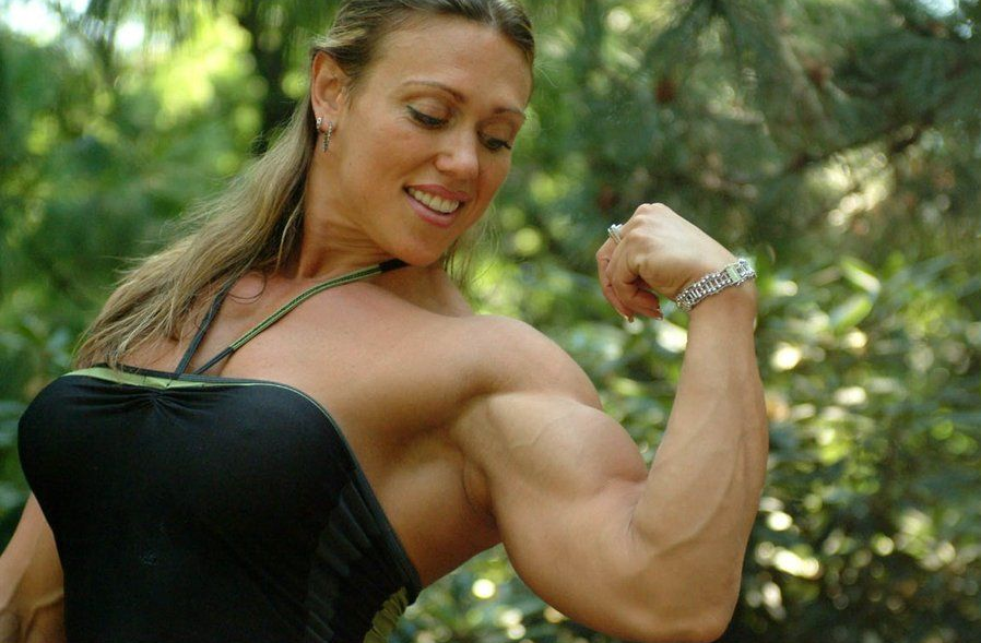 Top 4 Biggest and amazing Female Bodybuilders 2019 : 5. Colette Nelson