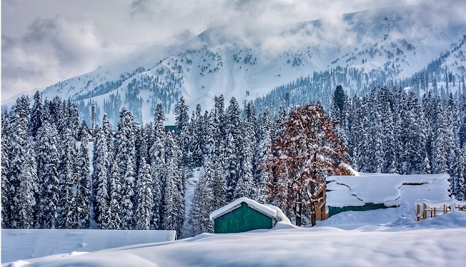 Gulmarg, Summer Capital for skiers - Travel Guide