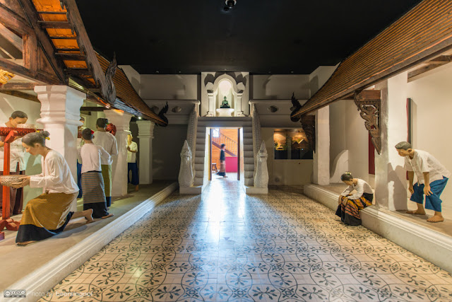 Nếu muốn tìm hiểu về văn hóa của thành phố, bảo tàng Lanna Folklife sẽ là một điểm đến lý tưởng. Đây là nơi sẽ đem lại cho du khách một cái nhìn toàn cảnh về những yếu tố tạo nên lối sống của thành phố này từ xưa tới nay.