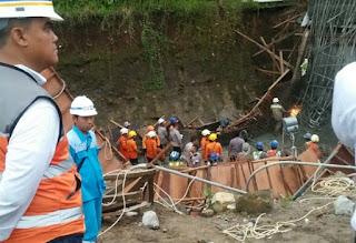 Jalan Tol Manado - Bitung Ambruk, Puluhan Pekerja Terluka