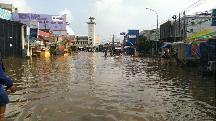 Tiga Doa Saat Banjir Melanda