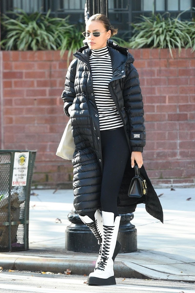 Irina Shayk Clicked While Outside  Shopping in New York 11 Dec-2020