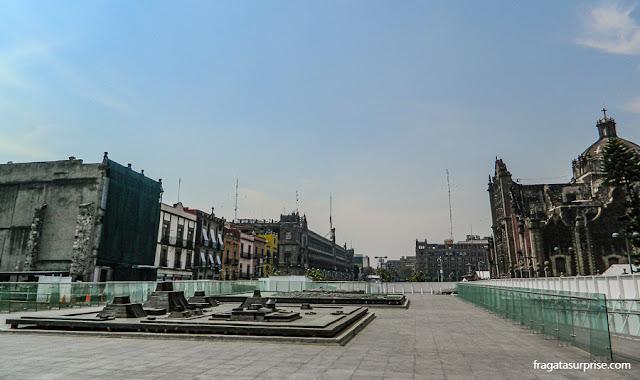 Maquete de de Tenochtitlán, a capital dos astecas, em frente ao Templo Mayor, na Cidade do México