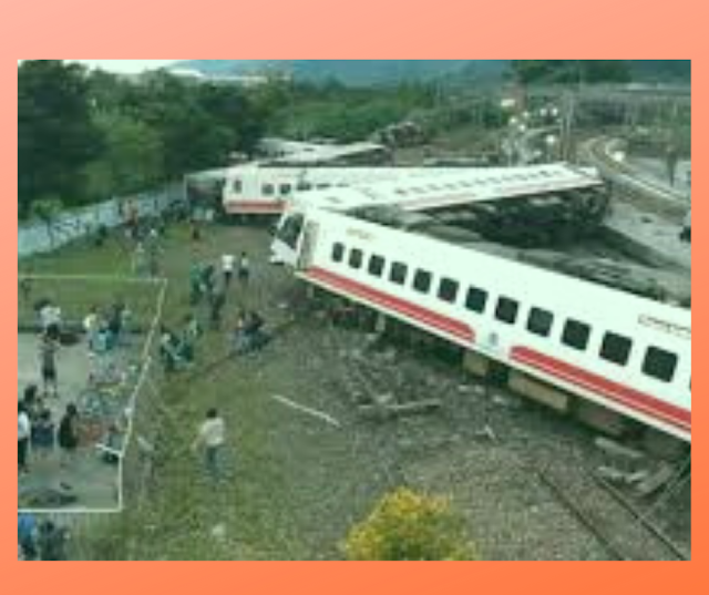 Breaking:The train crash an express traveling from Taipei to Taitung in Taiwan carrying many travelers at least 36 people killed