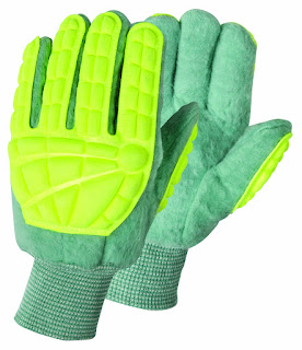 http://www.gloves-online.com/super-green-king-striker-gloves