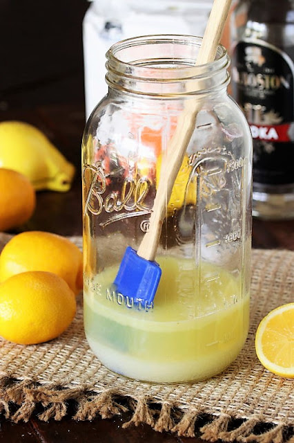 How to Make Homemade Hard Lemonade Image