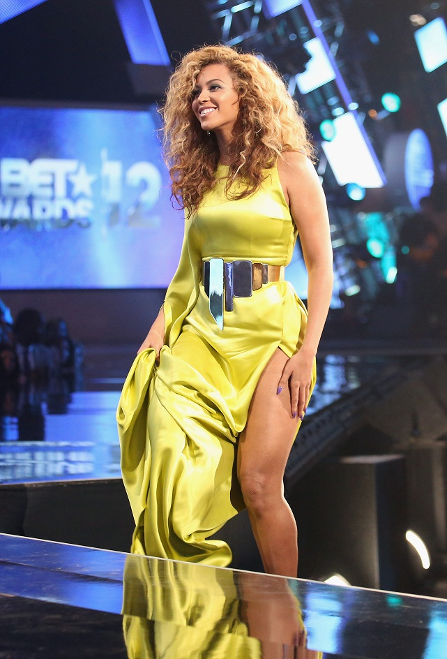 Celebrities Flaunt Their Best At The Bet Awards 2012
