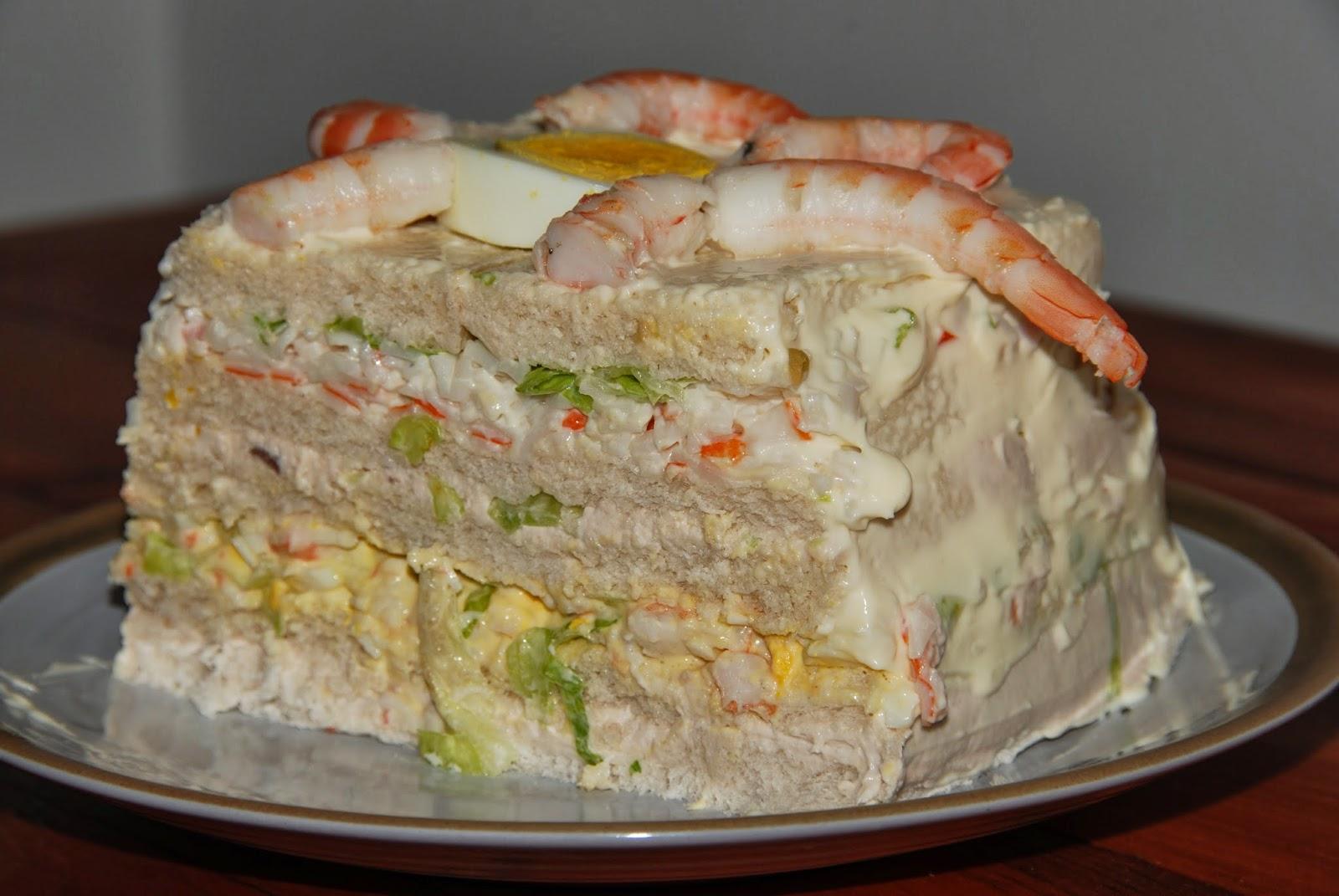 lo que se me ocurra , nos propone Pastel salado de pan de molde