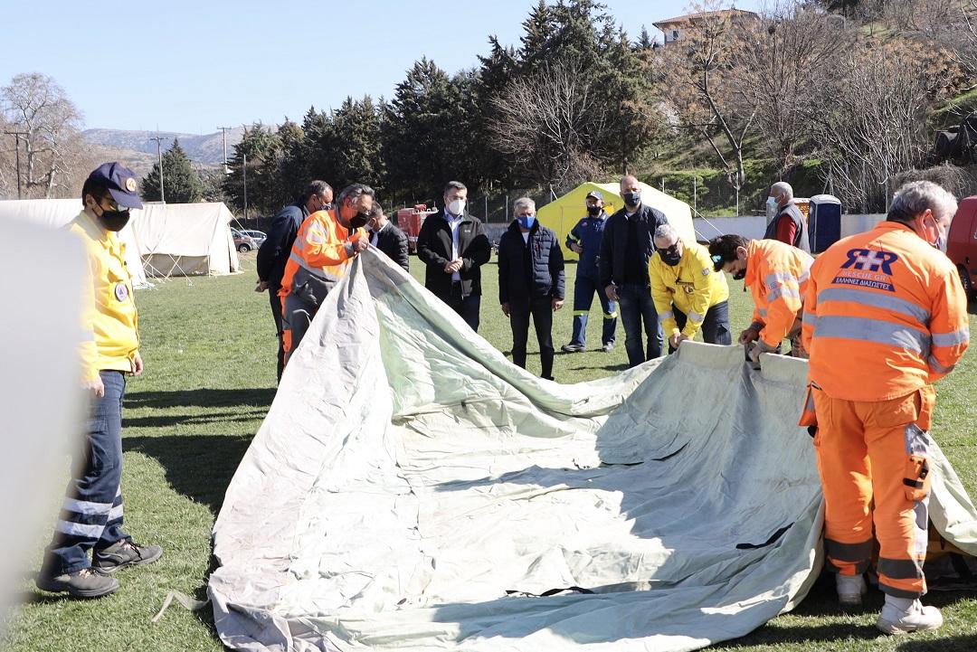 Ισχυρός μετασεισμός στην Ελασσόνα – Διασώστες από την Ξάνθη στην περιοχή