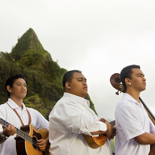 Discover World music, stream free and download songs & albums, watch music videos and explore Hawaii's independent/emerging music scene with Hu'ewa