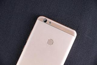 Oukitel تعلن ان هاتفها U15S سيحصل على تحديث نوغا في شهر مارس