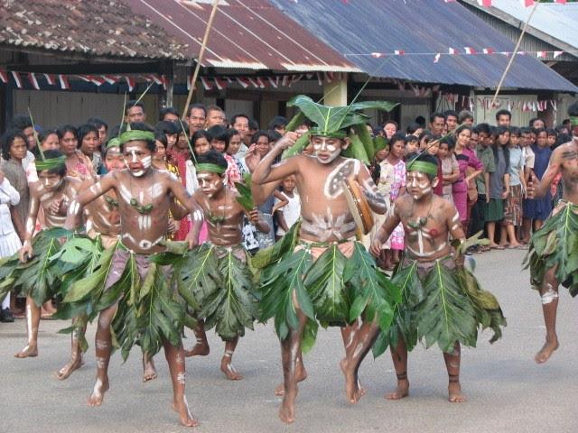 karnaval laskar pelangi