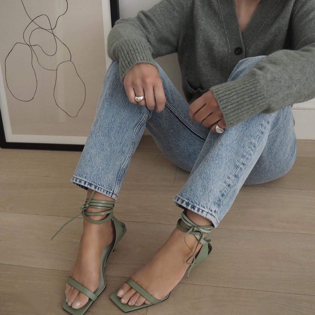 How to Transition Your Strappy Sandals Into Fall — @honeybelleworld