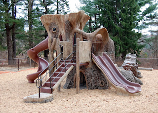 playground at DelCarte