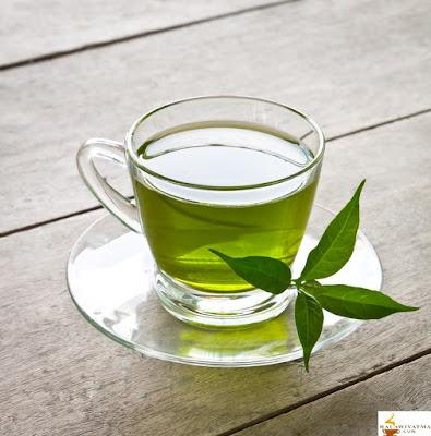 وصفة الشاي الأخضر لعلاج حب الشباب