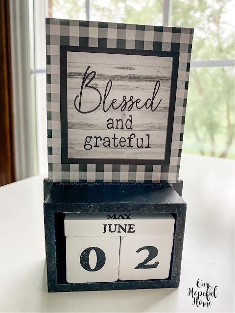 Blessed and grateful block calendar