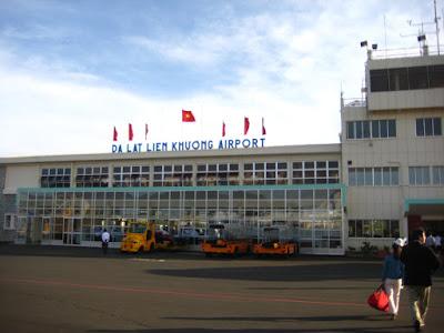 Hơn 20 chuyến bay đi và đến Đà Lạt bị hủy do thời tiết xấu