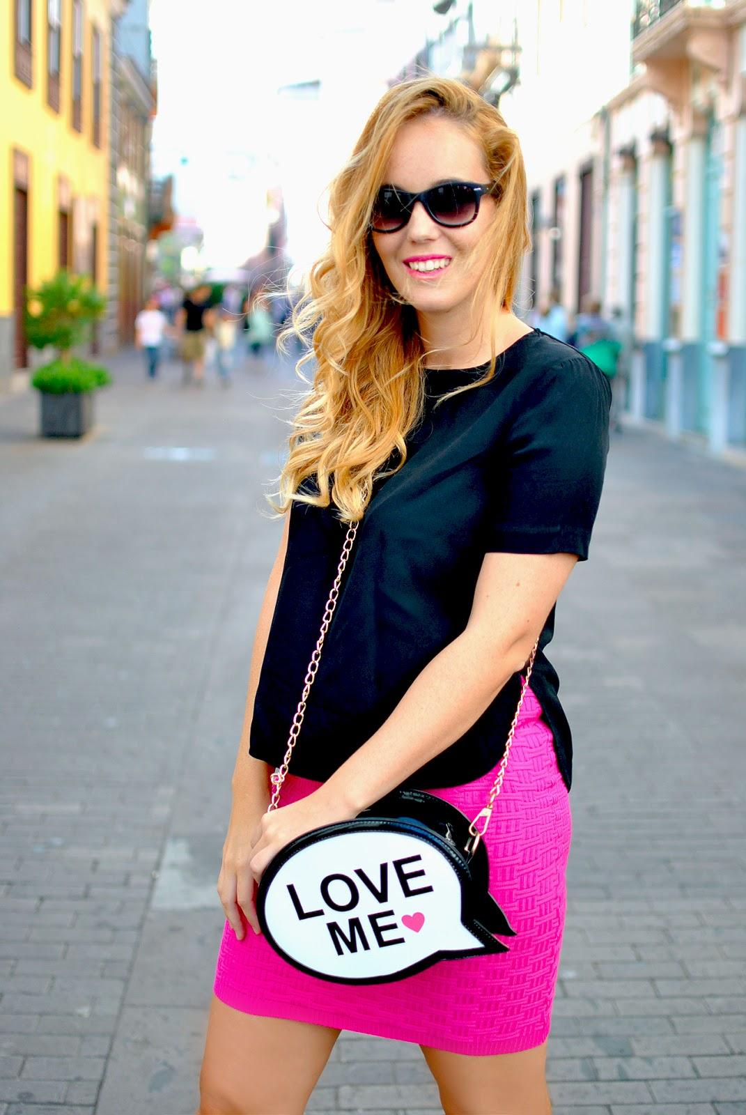 nery hdez, baggood, comic bag , oasap skirt, sunglass junkie, wayfarer sunglasses