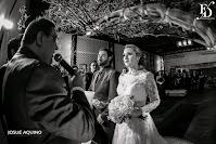 casamento estilo mini-wedding 30 convidados realizado no salão brasília do hotel sheraton porto alegre com decoração clássica em dourado e vermelho por fernanda dutra eventos mini-wedding em porto alegre mini-wedding em portugal
